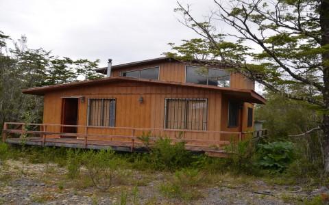 Venta en Puerto Montt   Cabaña en parcela Villa Los Nevados, sector Lago Chapo en 251   Cabaña en parcela Villa Los Nevados, sector Lago Chapo