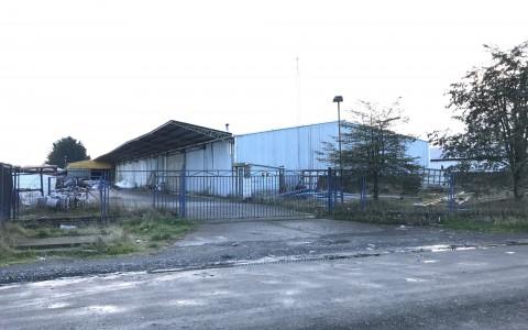 Venta en Puerto Montt | Propiedad industrial con Bodegas en Apiasmontt en 251 | Propiedad industrial con Bodegas en Apiasmontt